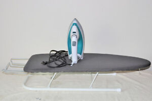 Black n Decker Light N Easy iron and ironing board - like new