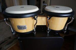 TOCA bongos en bois,  Player