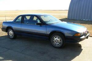 1989 Buick Regal Coupe (2 door)