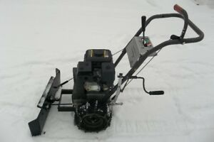 POWERED BY HONDA - SNOW PLOW