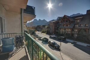 Canmore condo - 2 bed 1 bath with Rocky Mountain Views