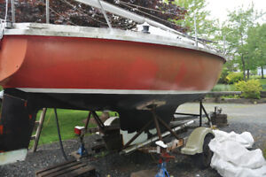 22' Edel 665 Sailboat with Trailer - NEW PHOTOS