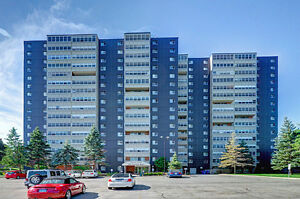 1207-225 Harvard Place, Waterloo