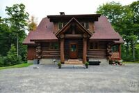 AMAZING  ROUND LOG HOME