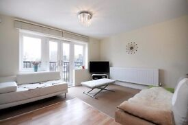 *****A LOVELY SUPERB MODERN SECOND FLOOR FLAT IN NEW BUILD CLOSE TO QUEENS PARK AREA ****