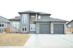 2 Storey House for Sale in Weyburn