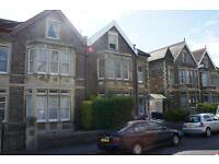 3 bedroom flat in Walsingham Road, St Andrews, Bristol, BS6 5BU