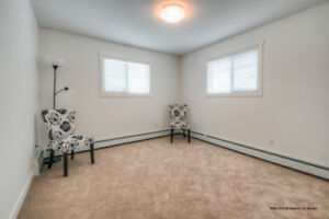 Pet-Friendly & Non-Smoking! Luxury Airdrie 1 Bedroom for Rent