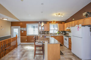 Just Listed on 31 Crimson OPEN HOUSE SAT and SUN 2-4 London Ontario image 5