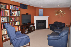Beautiful Family Home Available End of Dec/Jan 1st. Kitchener / Waterloo Kitchener Area image 9