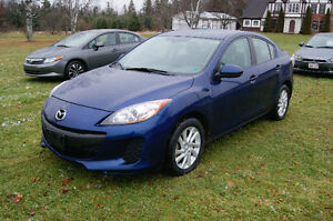 2013 Mazda Mazda3  SO NICE WITH MAGS
