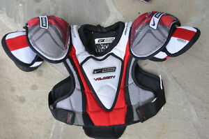 Bauer Velocity Junior Medium Hockey Shoulder Pads Oakville / Halton Region Toronto (GTA) image 1