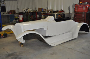 27T Fiberglass Body by Harwood