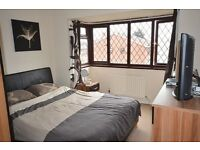 We SPEAK SPANISH/PORTUGUESE £85 pppw ALLINCLUED'DOUBLE ROOM. SEVEN SISTERS, MANOR HOUSE,STAMFORDhill