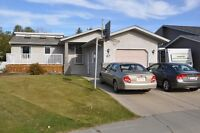 Gorgeous 5BR and 3 Bathrooms Bungalow…Location…Location