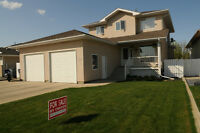 2 Storey Home in Southridge