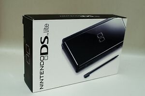 Nintendo ds lite in box
