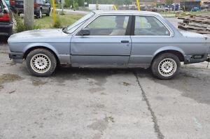 V BMW e30 325e Coupe 2 dr  M20 6 cyl June 1987 Auto 1688720
