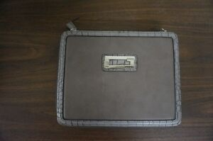 GUESS LEATHER IPAD CASE