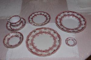 Set de vaisselle 12 couverts
