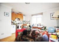 Nicely presented 1 double bedroom apartments is offered for rent within period conversion on Camden