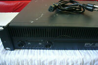 Peavey PV 900 Power Ampli Like New / Comme Neuf