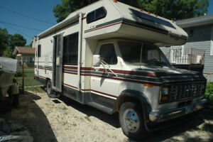 Safetied 1987 Ford Motorhome 27 ft.
