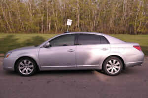 Great Condition 2007 Toyota Avalon XLS.
