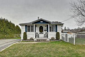 3   Maisons  a louer  514-358-5831