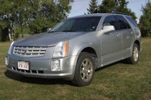 2007 Cadillac SRX SUV, Crossover AWD low km