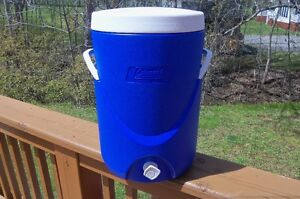 Coleman 5-Gallon Beverage Cooler--Like new and great for summer!