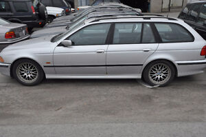 V BMW e39 528i Wagon M52 6 Cyl Silver on Gray NEED VIN AND BUILD