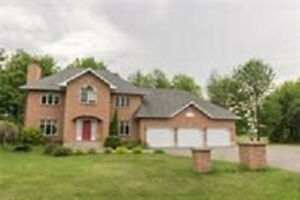 STUNNING 4 B/D FOR RENT ON THE GOLF COURSE $2,450
