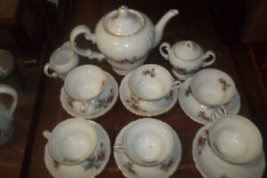 Coffee and tea sets