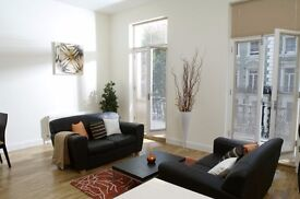 Modern 2 bedroom apartment - moments from Earls Court station