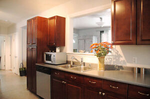 3 BR Bungalow in Bonnie Doon - Nice Finishes