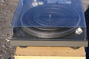 Toshiba SR-250 Turntable in excellent condition Kingston Kingston Area image 4