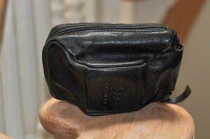 Leica leather camera case - black - lined - very good condition Cambridge Kitchener Area image 2