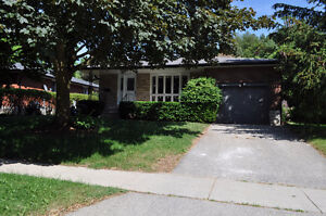 Beautifully updated detached near Guelph University