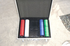 Poker chips and case