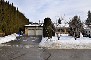 Huge Family home on Large lot in Salmon Arm
