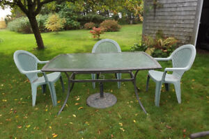 NEW PRICE   Was $50.00 Now $40.00  Glass top patio table