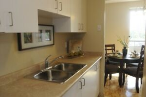 2 Bedroom For Rent Mississauga Near Square One Ious