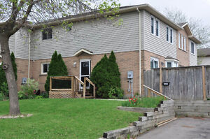 Great 6BR Student Rental! Awesome Value!