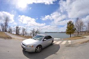 *TRADE* 2003 Honda Accord 5 speed fully loaded FOR Small truck