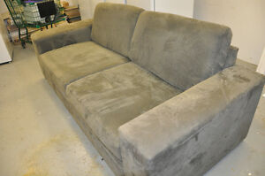 oversize couch London Ontario image 2