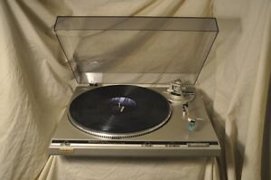 Technics direct drive turntable, new stylus, no issues