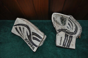 Reebok L7 JR Goalie Glove and Blocker