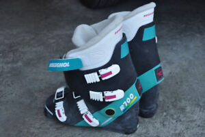 Size 10 ski boots for sale