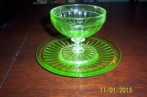 6 GREEN DEPRESSION GLASS DESSERT CUPS AND SAUCERS